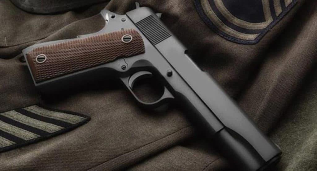 matte black airsoft pistol