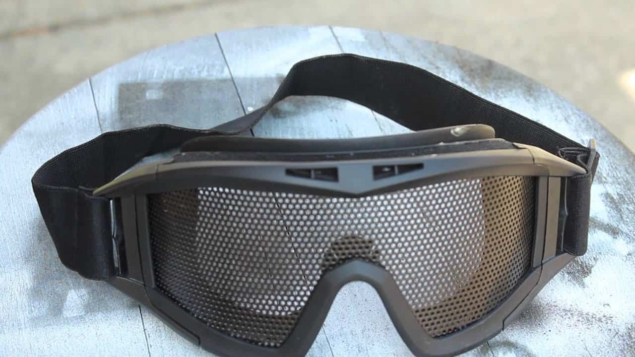 Best Airsoft Goggles: The Top 9 In The World