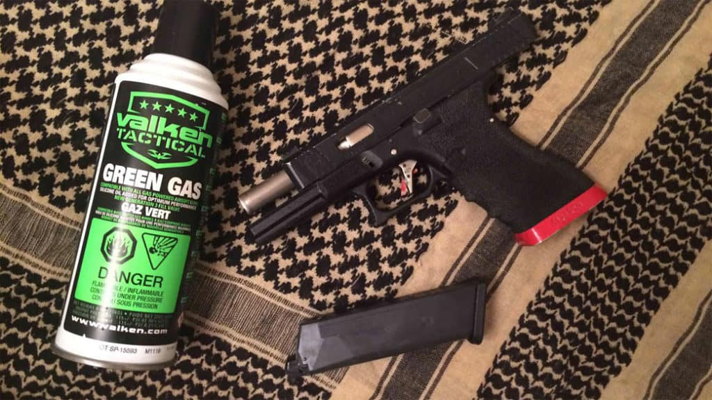 green gas and airsoft gun